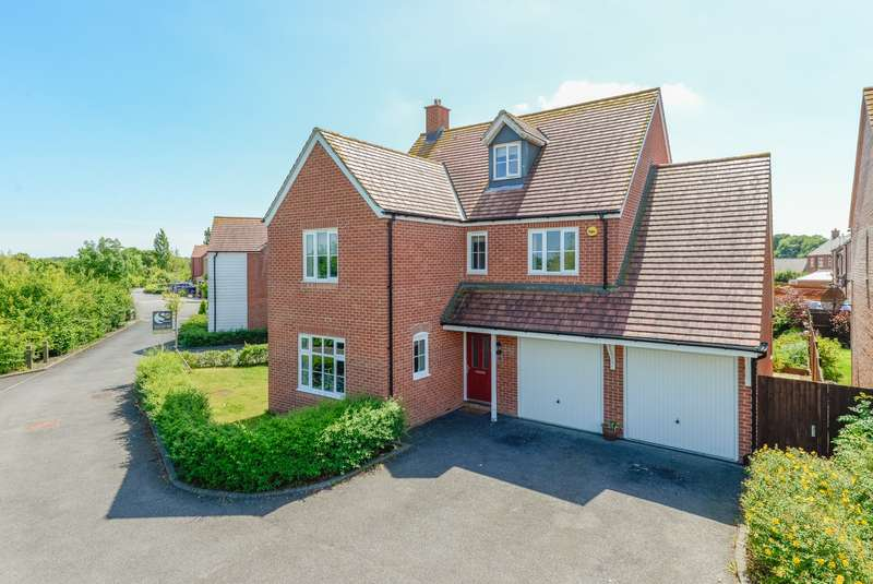 5 Bedrooms Detached House for sale in Southdown Close, Bridgefield, Ashford, TN25