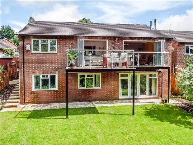 4 Bedrooms Detached House for sale in Ham Close, Charlton Kings, CHELTENHAM, Gloucestershire, GL52 6NP
