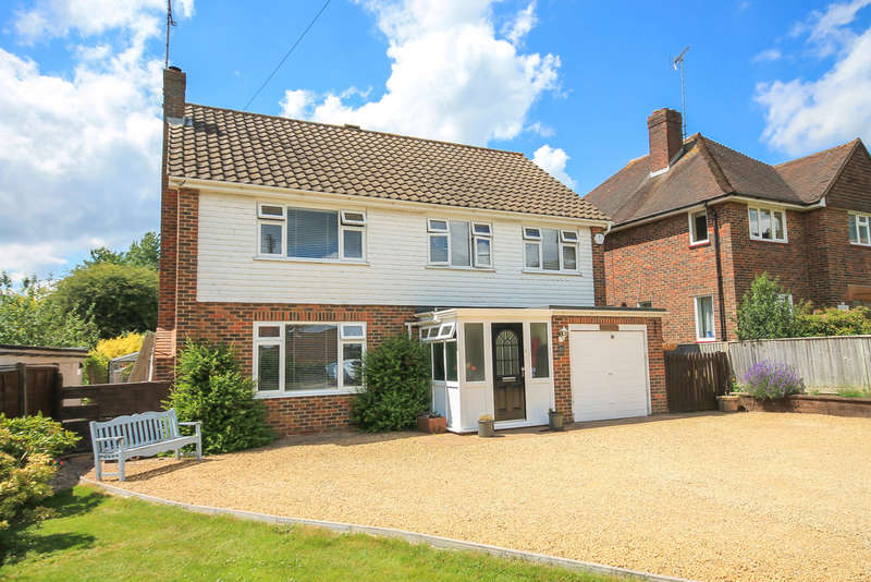 4 Bedrooms Detached House for sale in Dunnings Road, East Grinstead