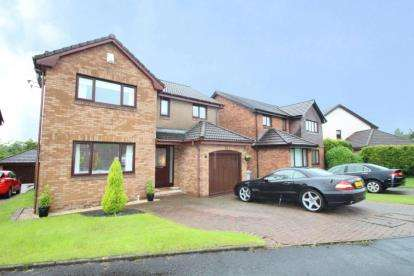 4 Bedrooms Detached House for sale in MacDonald Avenue, Stewartfield