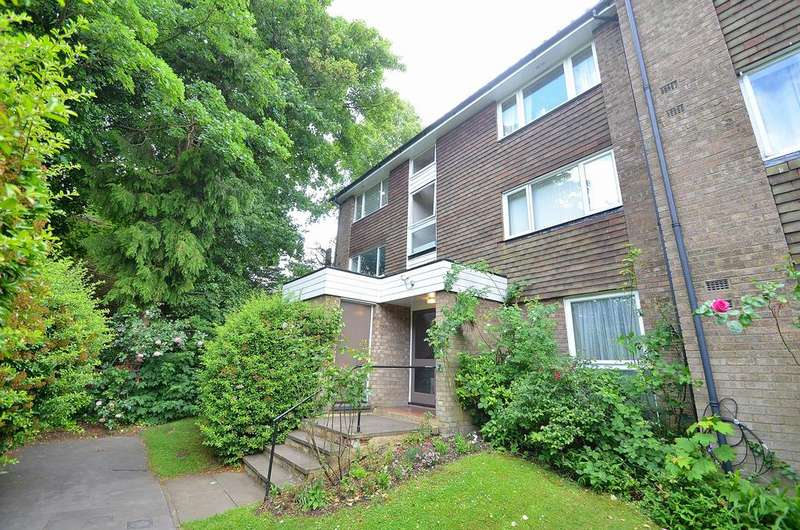 1 Bedroom Flat for sale in Freethorpe Close, Upper Norwood SE19