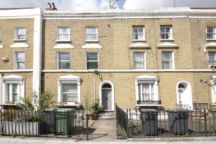 1 Bedroom Flat for sale in New Cross Road New Cross SE14