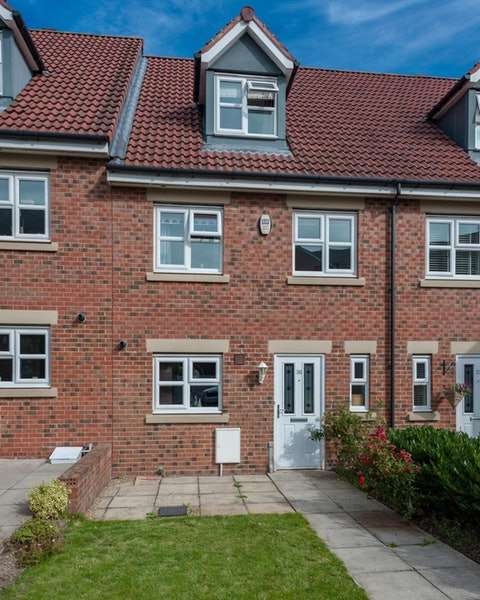 4 Bedrooms Town House for sale in Hawks Edge, Newcastle upon Tyne, Tyne and Wear, NE12