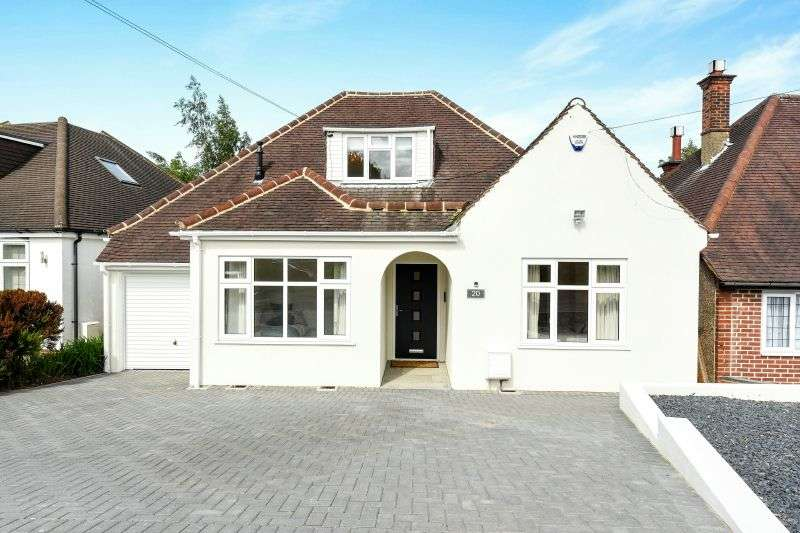 4 Bedrooms Detached Bungalow for sale in Hillside Crescent, Northwood