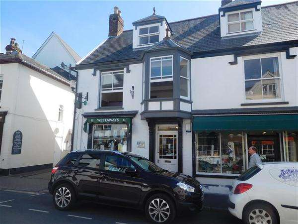 House for sale in Fore Street, Topsham