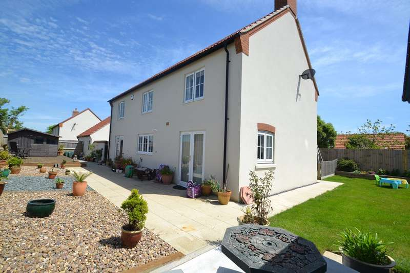 4 Bedrooms Detached House for sale in Chickerell