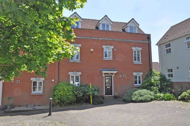 5 Bedrooms Town House for sale in Denton Crescent, Black Notley, Braintree, CM77