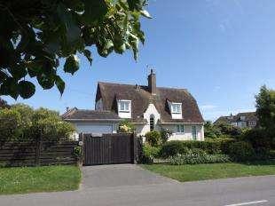 3 Bedrooms Detached House for sale in Limmer Lane, Felpham, Bognor Regis, West Sussex