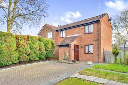 3 Bedrooms Semi Detached House for sale in Kimbolton Court, Giffard Park, Milton Keynes, Buckinghamshire