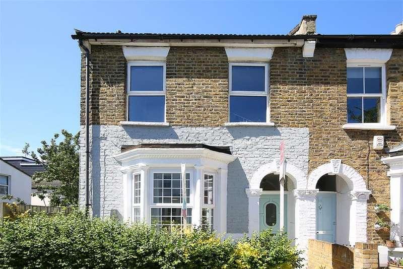 2 Bedrooms Ground Flat for sale in Kemerton Road , London, SE5 9AP