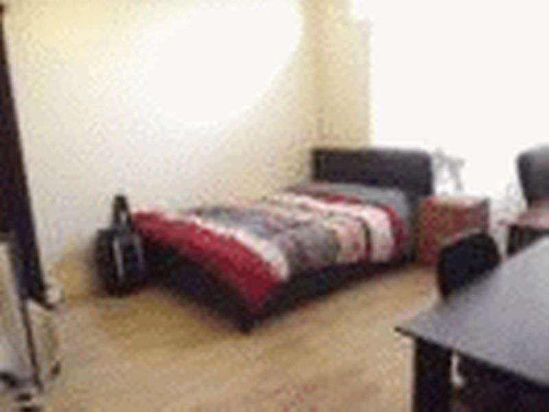 Property for rent in Student Property Ideal for group of 5 - Walking Distance To Bristol Road