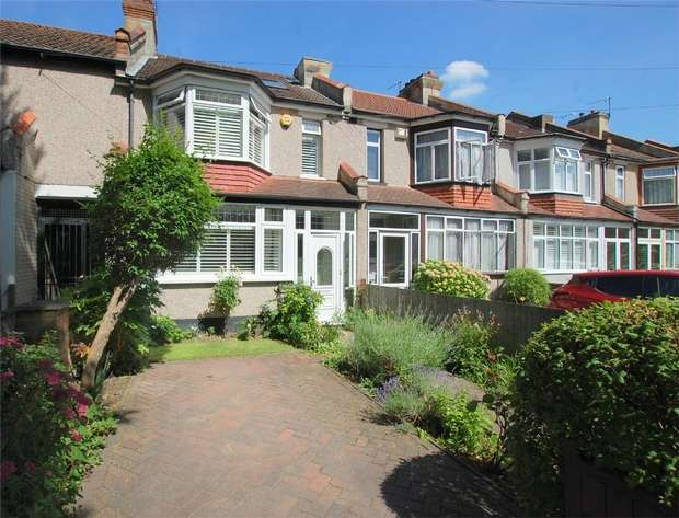 3 Bedrooms Terraced House for sale in Ash Grove, LONDON
