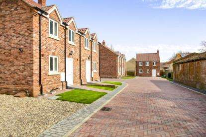 3 Bedrooms Detached House for sale in Sycamore Crescent, 91 High Street, Chatteris