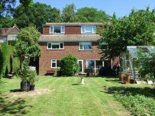 4 Bedrooms Detached House for sale in Brightling Road, Robertsbridge, East Sussex