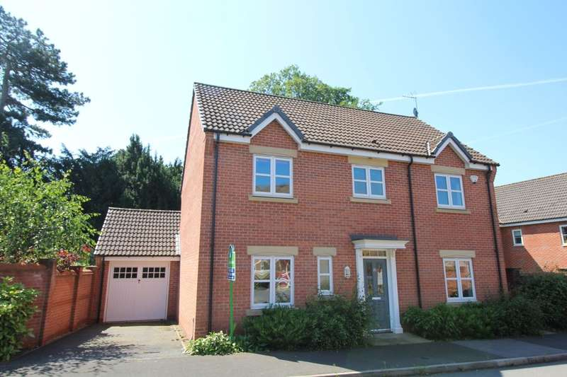 4 Bedrooms Detached House for sale in Beechwood Park Drive, Derby, DE22