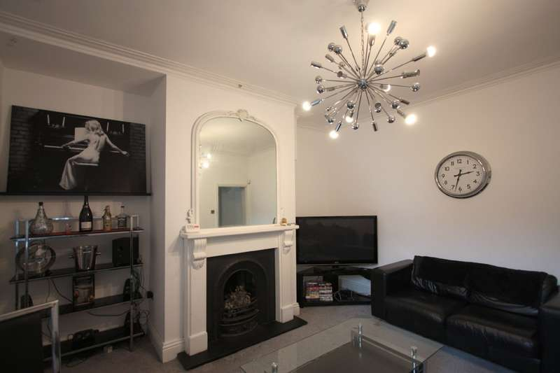 3 Bedrooms Apartment Flat for rent in Lavender Gardens, Newcastle Upon Tyne