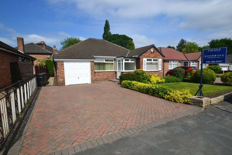 3 Bedrooms Detached Bungalow for sale in Hazelwood Road, Hazel Grove, Stockport SK7 4NB