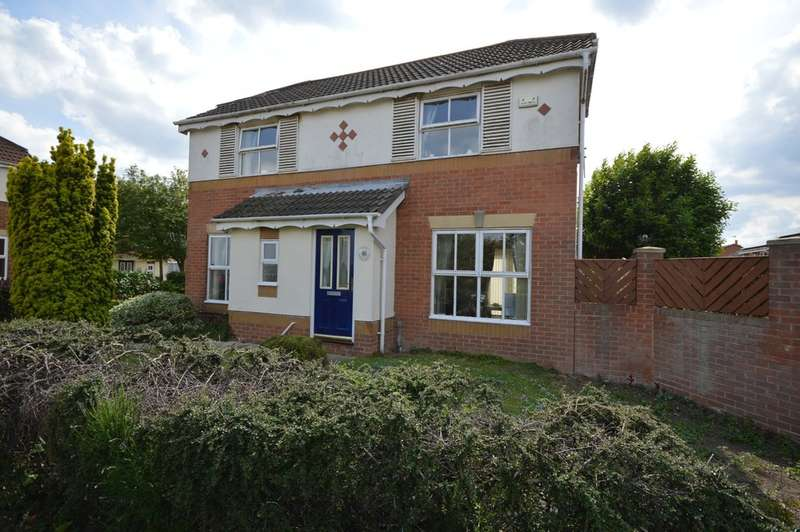 3 Bedrooms Detached House for sale in Priory Ridge, Crofton