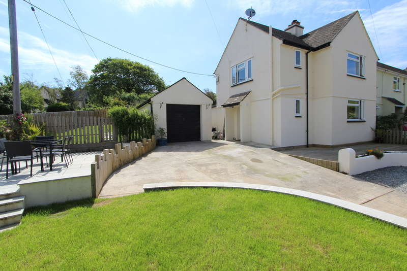4 Bedrooms End Of Terrace House for sale in Mowhay Meadow, St John