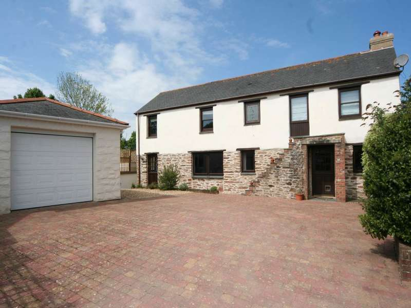 3 Bedrooms House for sale in Fore Street, Grampound Road,