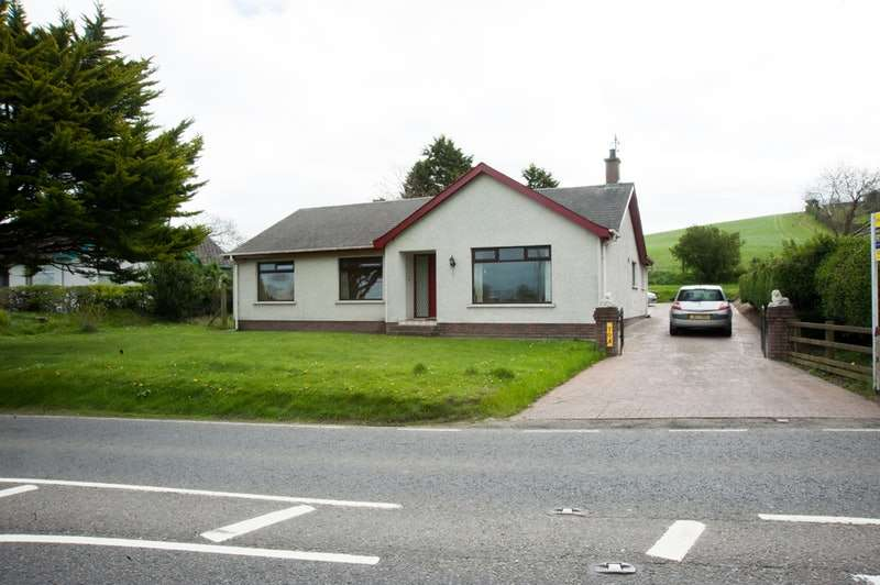 3 Bedrooms Bungalow for sale in Ballydugan Road, Downpatrick, County Down, BT30