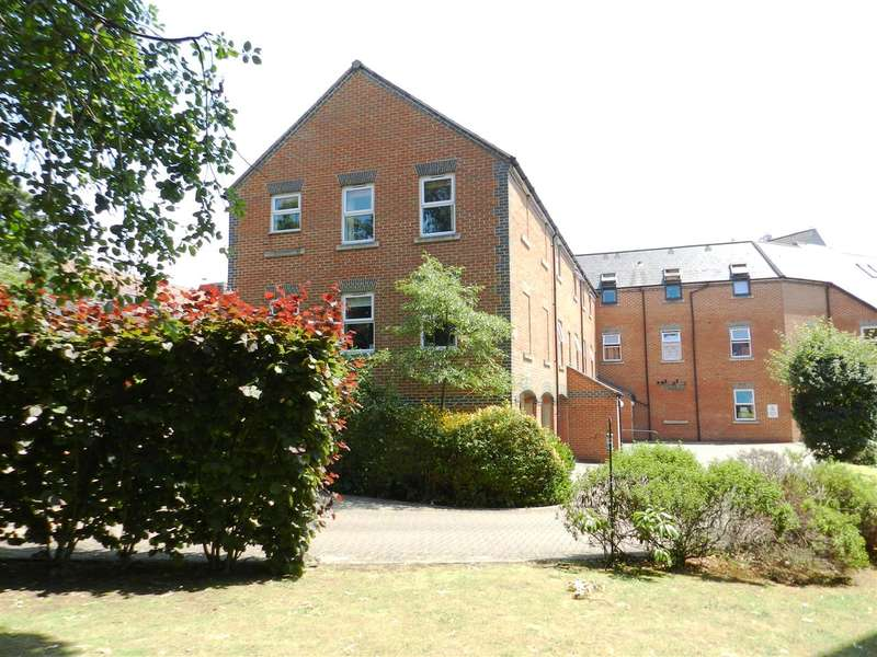 1 Bedroom Apartment Flat for sale in Heath Hill Road South, Crowthorne
