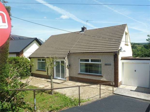 4 Bedrooms Detached Bungalow for sale in Maesteg Road, Llangywnyd, Maesteg, Mid Glamorgan