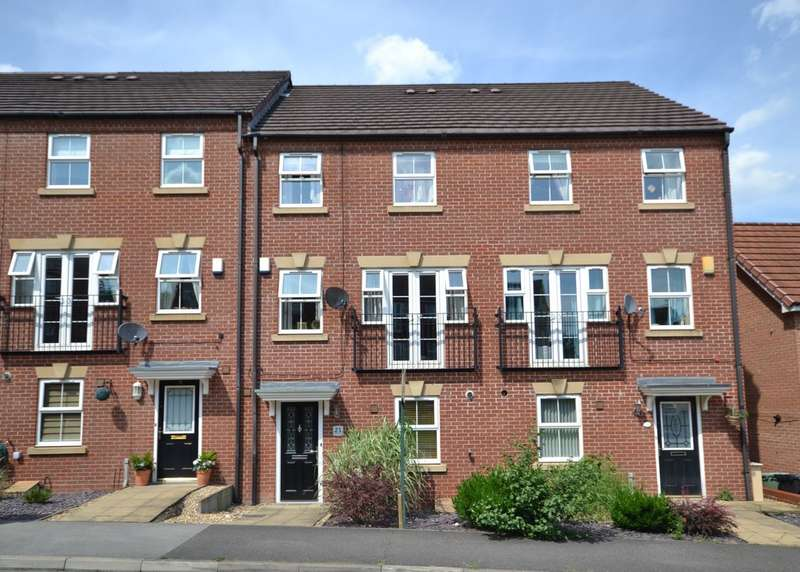 4 Bedrooms Town House for sale in Meadowside Road, East Ardsley