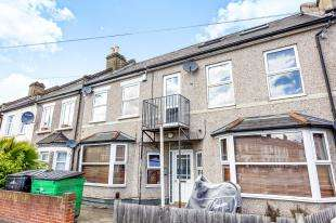 3 Bedrooms House for sale in Northwood Road, Thornton Heath