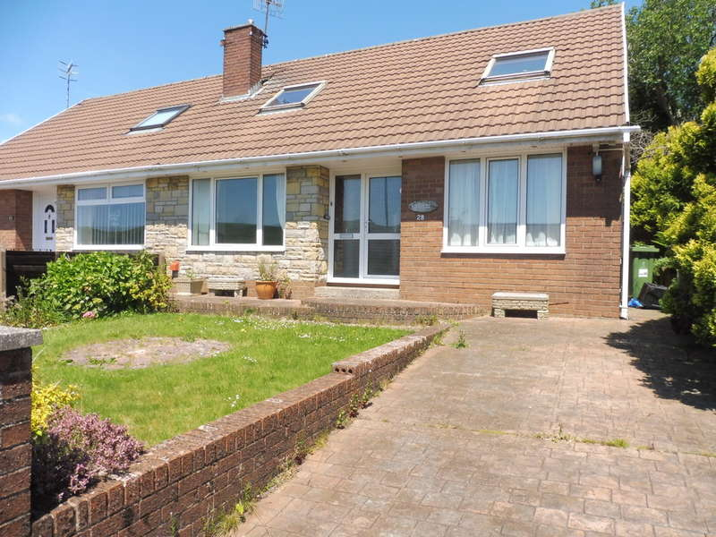 3 Bedrooms Semi Detached Bungalow for sale in Llanover Road Estate, Blaenavon, Pontypool