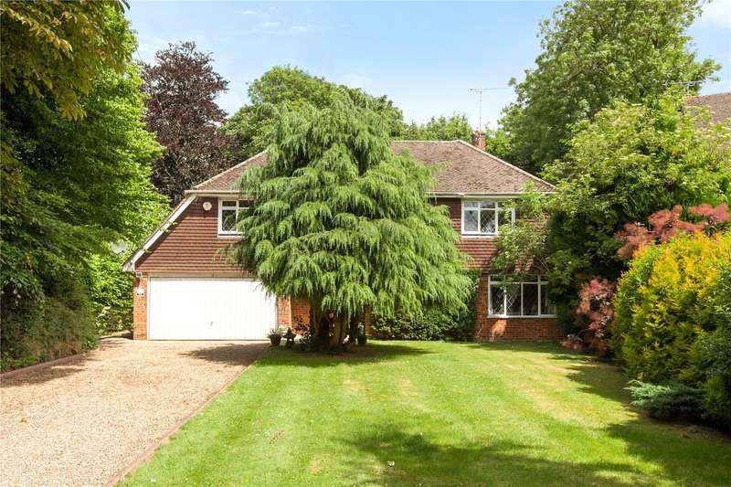 4 Bedrooms Detached House for sale in Vicarage Close, Cookham, Maidenhead, Berkshire, SL6