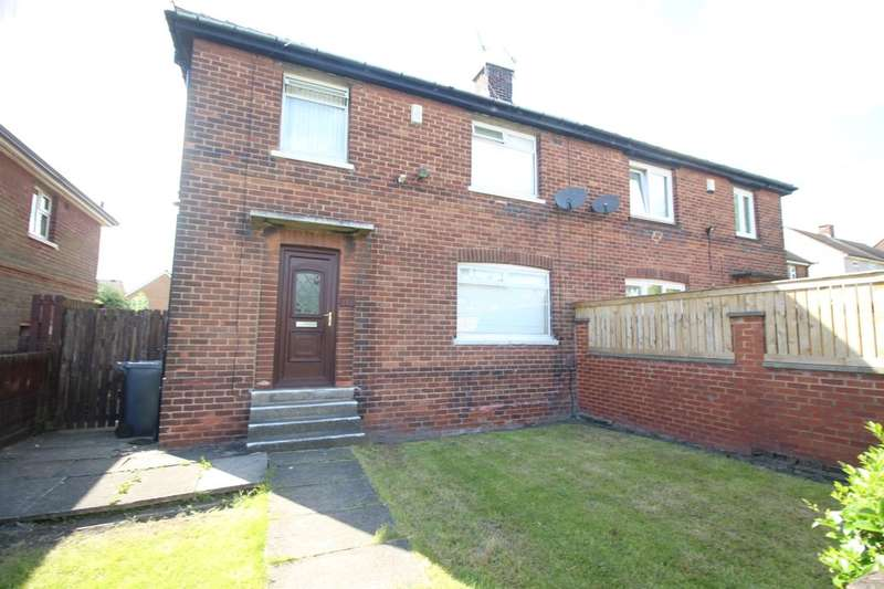 3 Bedrooms Semi Detached House for sale in Buttershaw Drive, Bradford, BD6