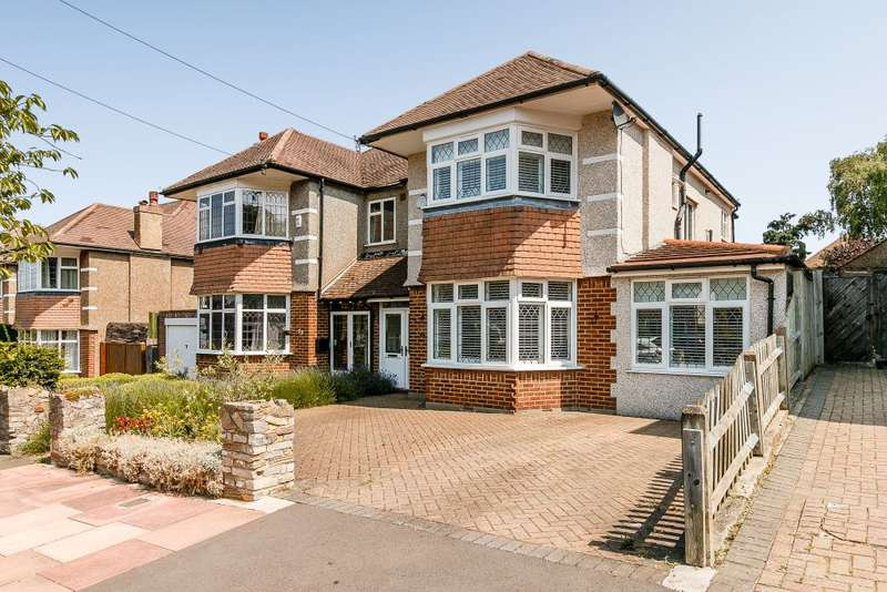 4 Bedrooms Semi Detached House for sale in Abbotsbury road, Bromley, Kent, BR2 7HQ