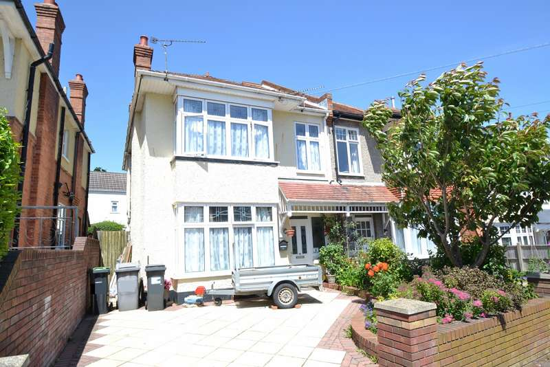5 Bedrooms Semi Detached House for sale in Southbourne