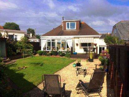 3 Bedrooms Link Detached House for sale in Paignton, Devon