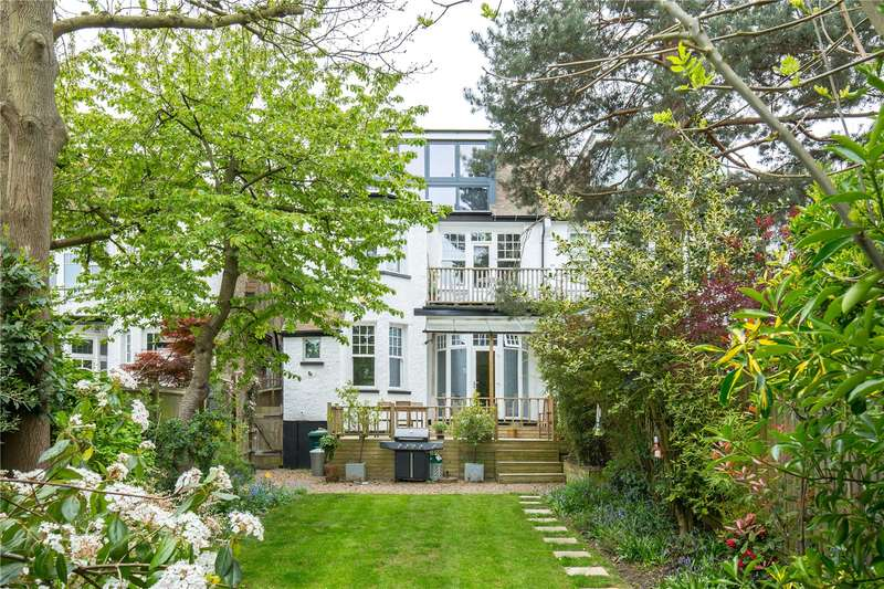 2 Bedrooms Apartment Flat for sale in Clifton Avenue, Church End, London, N3