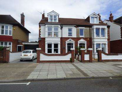 4 Bedrooms Semi Detached House for sale in Portsmouth, Hampshire