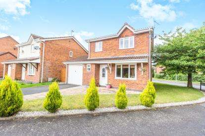 3 Bedrooms Detached House for sale in Middles Avenue, Lyppard Hanford, Worcester, Worcestershire