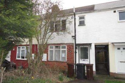 3 Bedrooms Terraced House for sale in Pond Grove, Wolverhampton, West Midlands