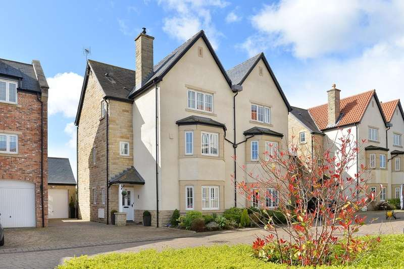 4 Bedrooms Semi Detached House for sale in Micklethwaite Grove, Wetherby, LS22