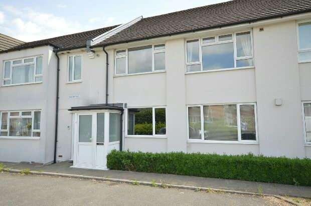 2 Bedrooms Maisonette Flat for sale in Ruxley Lane, West Ewell