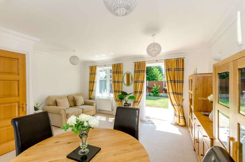 2 Bedrooms House for sale in Merton Road, Wimbledon, SW19