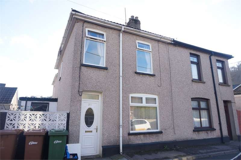 3 Bedrooms Terraced House for sale in Phillip Street, Risca, Newport, NP11