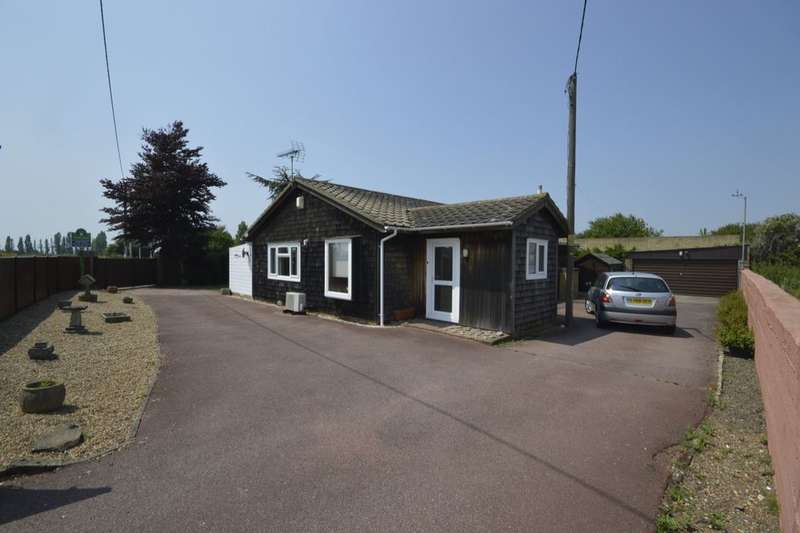 3 Bedrooms Detached Bungalow for sale in Grain Road, Grain, ME3