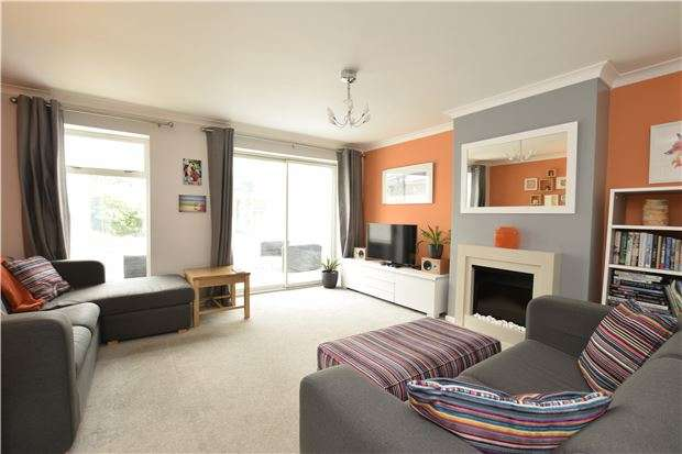 3 Bedrooms Terraced House for sale in Howe Close, Wheatley, OXFORD, OX33 1SS