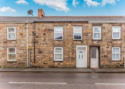 3 Bedrooms Terraced House for sale in Camborne, Cornwall, United Kingdom