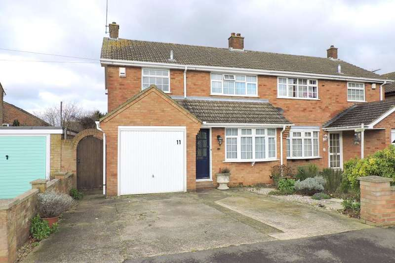 3 Bedrooms Semi Detached House for sale in Blaydon Road, Luton, Bedfordshire, LU2 0RP