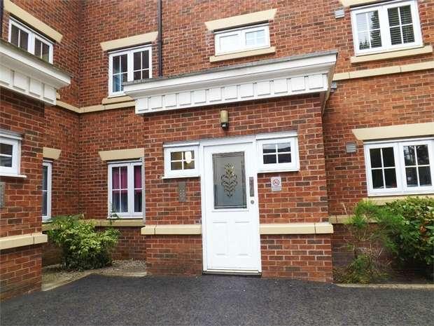2 Bedrooms Flat for sale in Redoaks Way, Halewood, Liverpool, Merseyside