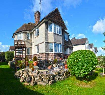 5 Bedrooms Semi Detached House for sale in Conway Road, Llandudno, Conwy, LL30