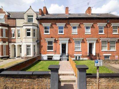 3 Bedrooms Terraced House for sale in Newstead Grove, Arboretum, Nottinghamshire